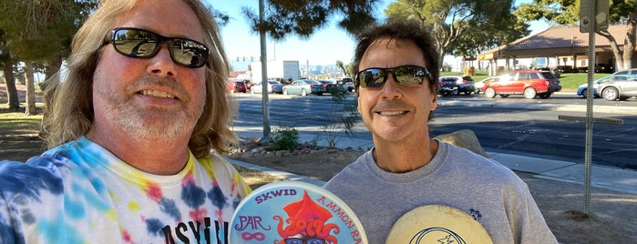 Sunset Park Disc Golf Course is one of Top Picks for Disc Golf Courses 2.