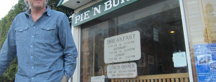 Pie 'n Burger is one of Burger Land: Los Angeles.