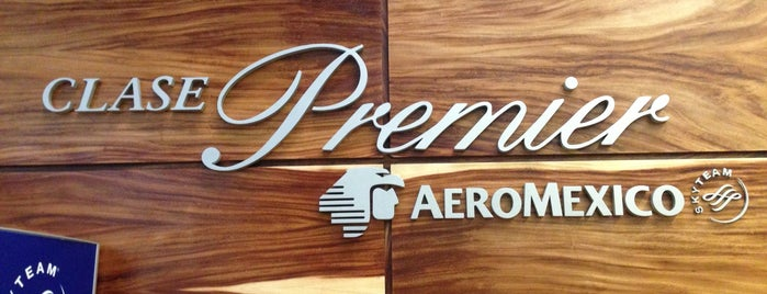 Salón Premier Aeroméxico is one of Lieux qui ont plu à Angeles.