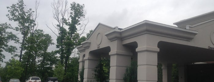 Hampton Inn & Suites is one of Done List.