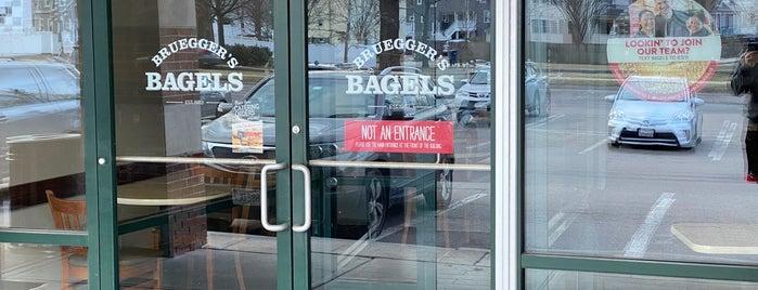 Bruegger's is one of Tempat yang Disukai 💫Coco.