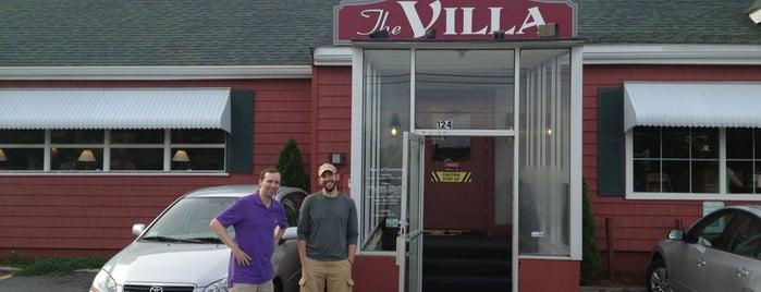 The Villa Restaurant is one of Locais curtidos por Sarah.