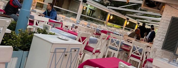 Alaçatı Sokak Meyhanesi Meze&Balık is one of Romantik Yemek.