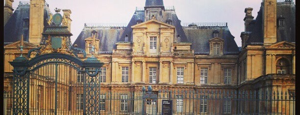 Château de Maisons-Laffitte is one of Centre des monuments nationaux.