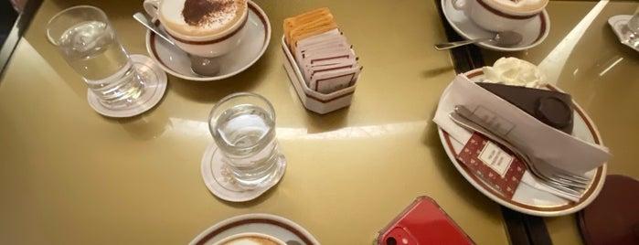 Café Sacher is one of Posti che sono piaciuti a Orhan Veli.