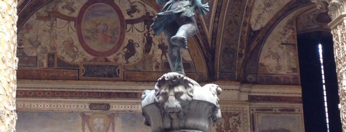 Palazzo Vecchio is one of Elizaveta 님이 좋아한 장소.