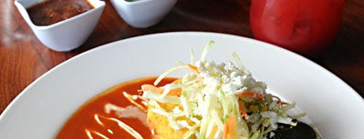 El Alma Cafe y Cantina is one of Dinners & Dates.