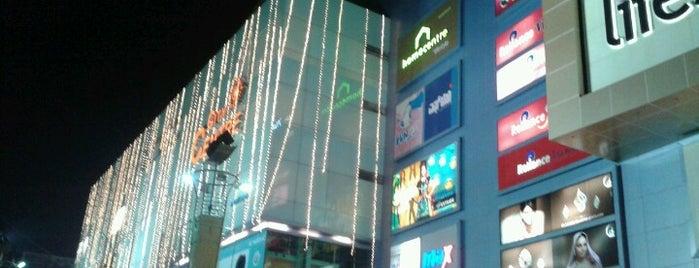 City Centre Mall is one of Locais curtidos por VinKoBha.