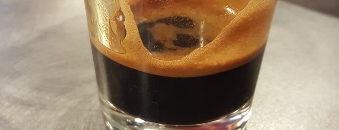Headrush Roasters Coffee & Tea is one of KC Restaurants.