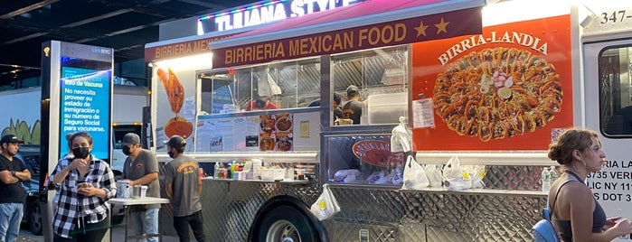 Birria-Landia Taco Truck is one of Grab and go.