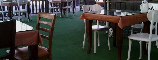 Yeşil Cafe is one of Ali'nin Kaydettiği Mekanlar.