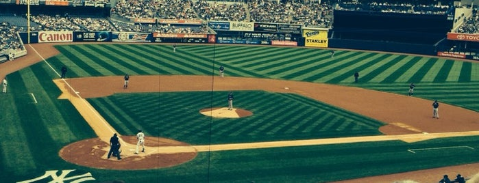 Yankee Stadium is one of Manhattan - Go Explore Your City.