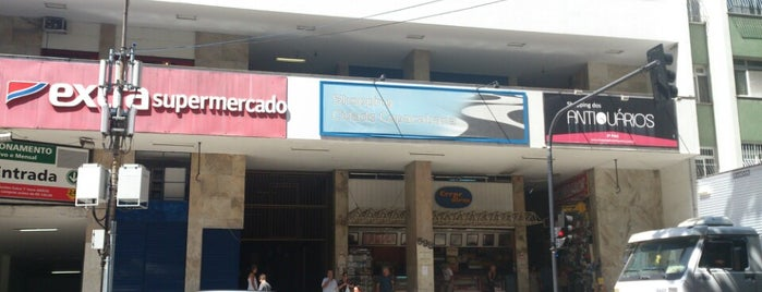 Shopping Cidade Copacabana is one of Lugares favoritos de Dade.