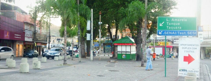Praça Professora Camisão is one of Locais salvos de Priscila.