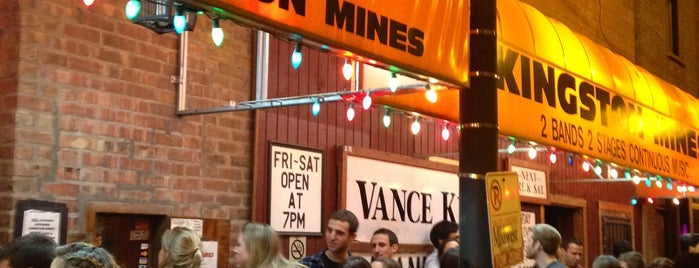Kingston Mines is one of Chicago Bar Bucket List.