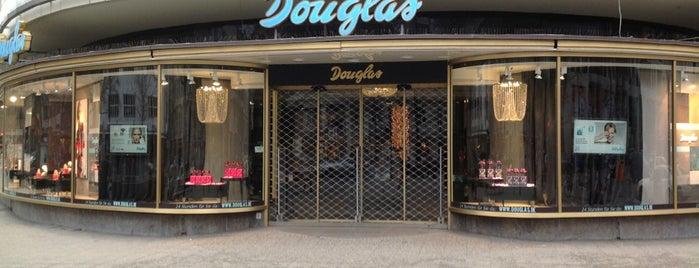 Parfümerie Douglas is one of Posti che sono piaciuti a Chris.