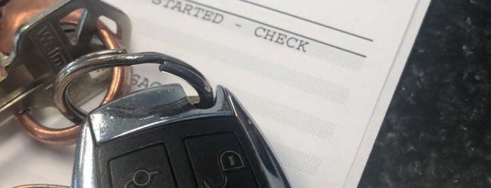 Mercedes-Benz of Calabasas is one of Posti che sono piaciuti a Vicken.