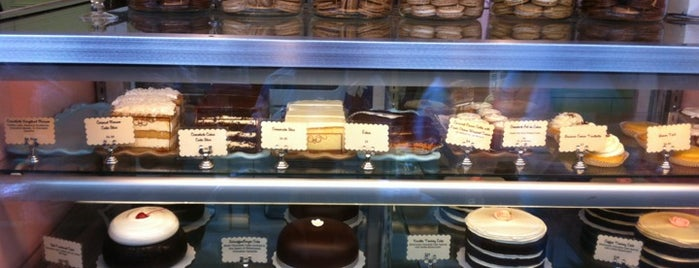 Miette Patisserie is one of Lugares favoritos de Pious.