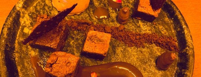 Ferra Restaurante & Lounge Bar is one of Locais curtidos por Adriane.