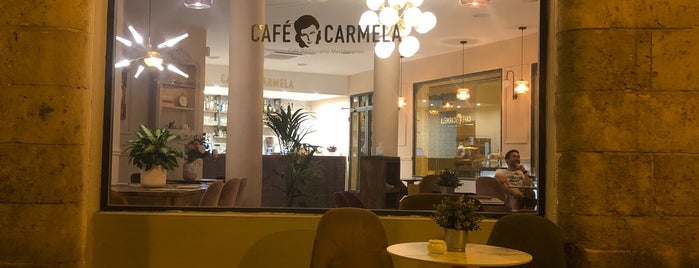 Café Carmela is one of Restaurantes favoritos.