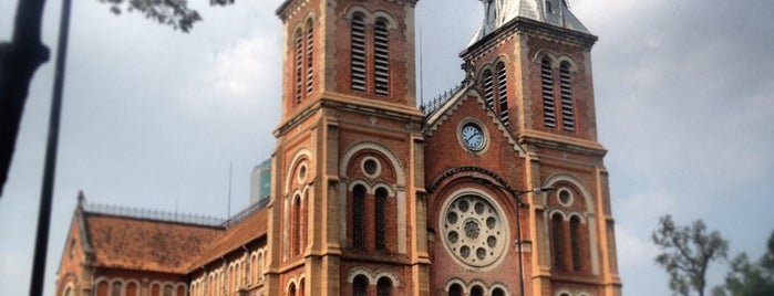 Nhà Thờ Đức Bà Sài Gòn (Saigon Notre-Dame Basilica) is one of Miss Saigon.