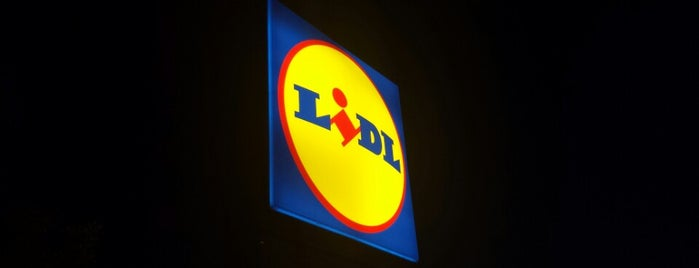 Lidl is one of Lieux qui ont plu à Barry.