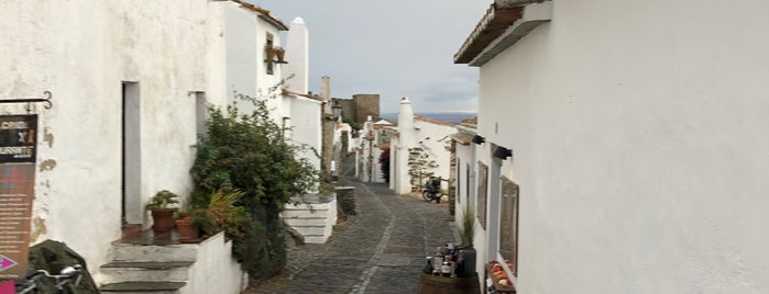Monsaraz is one of สถานที่ที่ Miguel ถูกใจ.