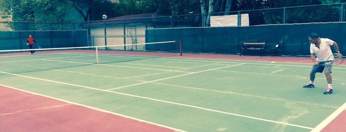 Ataköy 9. Kısım Tenis Kortları is one of YENİ MAYORLUK MEKANLARI.