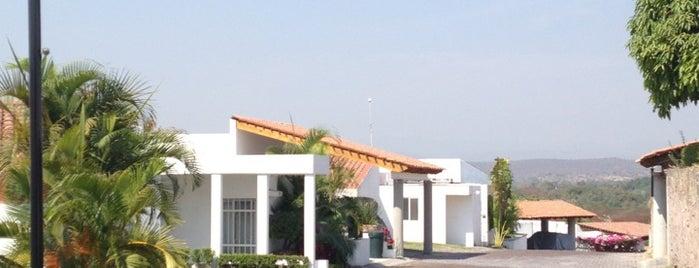 Fraccionamiento Santa Fe is one of สถานที่ที่ Jorge ถูกใจ.