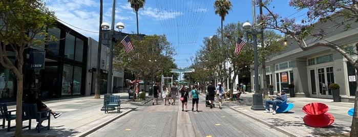 1212 Santa Monica is one of West LA (Eats).
