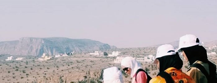 Jabal Akhdhar is one of Tempat yang Disukai Alan.