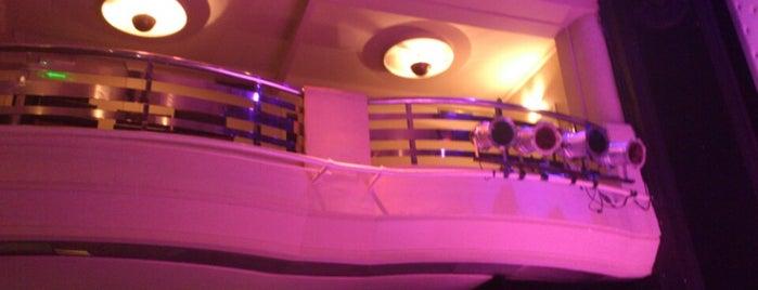 Teatro Tabarís is one of Teatros de Buenos Aires.