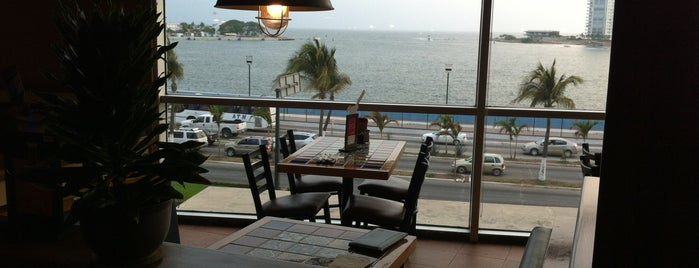 Chili's Grill & Bar is one of Sports Bar en Puerto Vallarta.