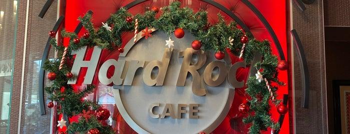 Hard Rock Cafe is one of España.