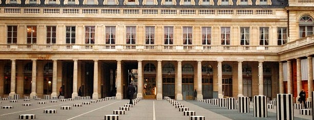 Colonnes de Buren is one of MIGAS IN PARIS.