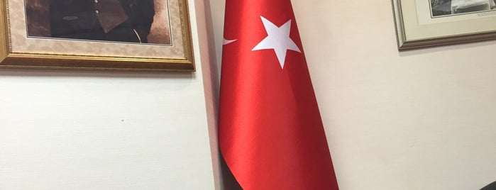 Turkish consulate is one of Locais curtidos por Fatih.