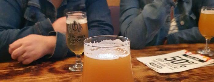 Northern Monkey Beer Co. is one of Posti che sono piaciuti a Carl.