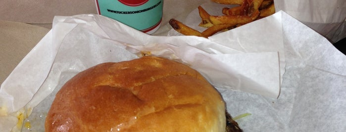 Tucker's Onion Burgers is one of Restaurants To Try.