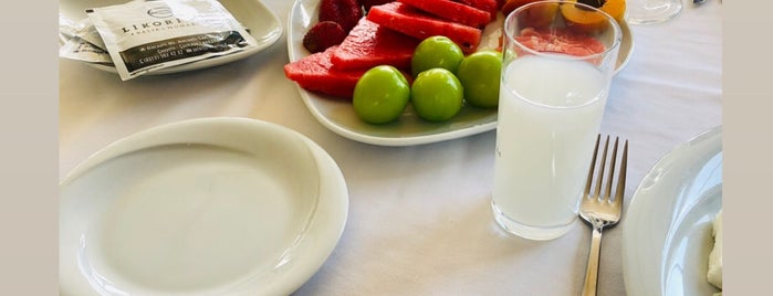 Likorinos Rakı Muhabbet is one of Evren 님이 좋아한 장소.