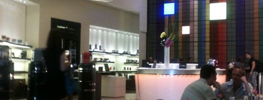Nespresso Boutique is one of Miami Coffee Shops Offering Free Wi-Fi.
