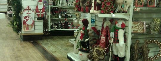 HomeGoods is one of Sloppy Seconds.