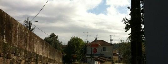 Estação Ferroviária de Sernada do Vouga is one of Lieux qui ont plu à Tahsin.