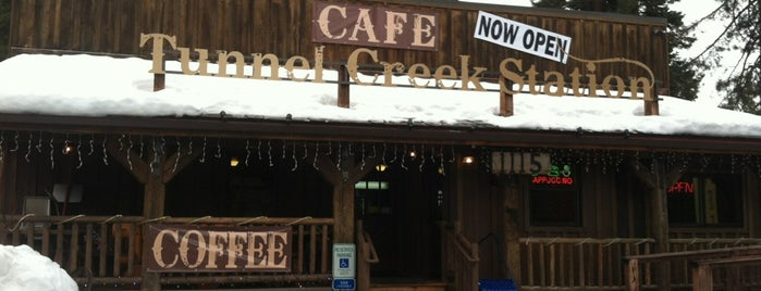 Tunnel Creek Cafe is one of Secret Cove.