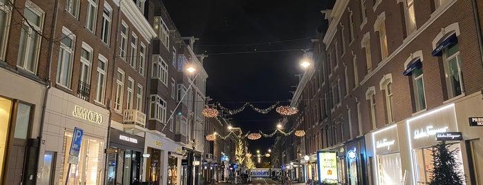 Pieter Cornelisz Hooftstraat is one of Hollanda.