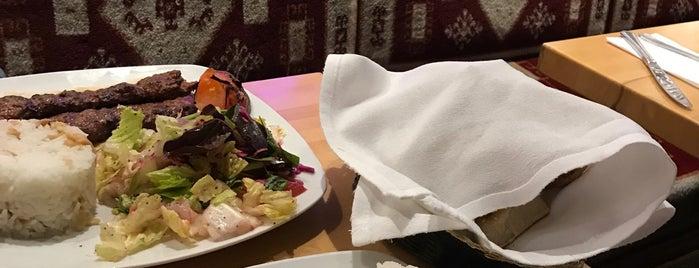 Truva Cafe & Grill is one of Posti salvati di Justin.
