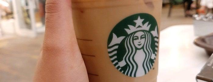 Starbucks is one of Sedaさんのお気に入りスポット.