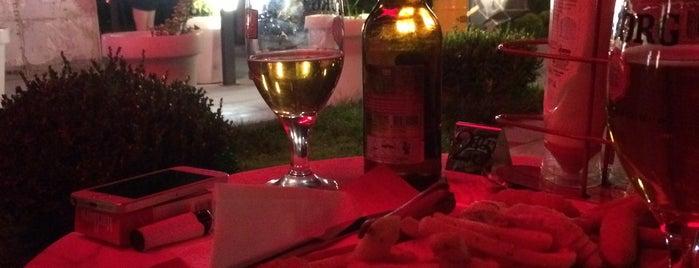 Brussels Cafe & Bar is one of Nightlife In Eskişehir.