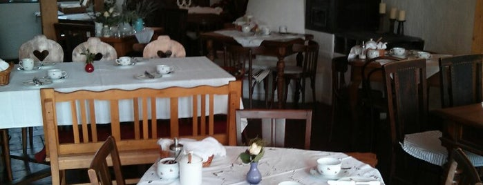 Kővirág Panzió és étterem is one of Lugares guardados de Mihály.
