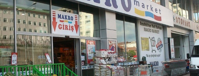 Makro Market is one of Yunus'un Beğendiği Mekanlar.