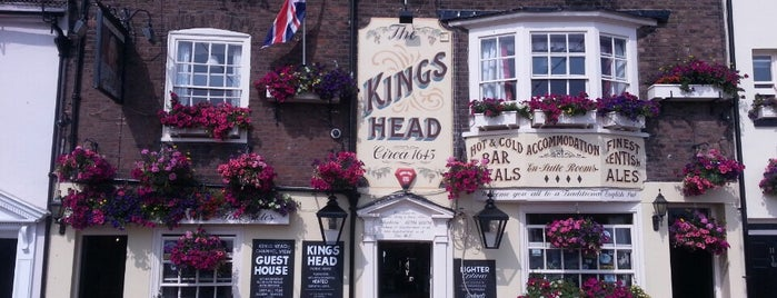 King's Head is one of Staycation.